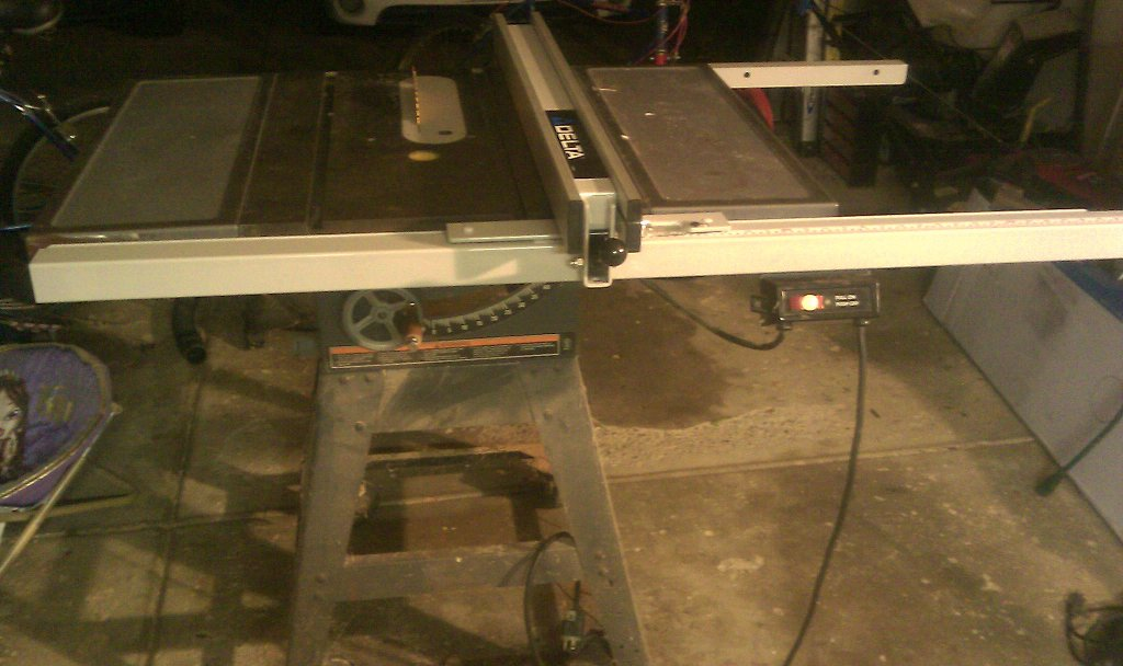 New table saw fence part 4 installation mader made it keyboard keysfo Choice Image